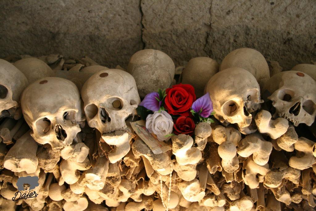 Halálos nápolyi – kalauz túlvilágutazóknak