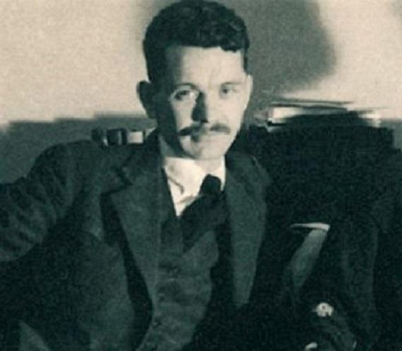 Költészet napja. József Attila – Este volt s a bőrünk összeért (részlet)