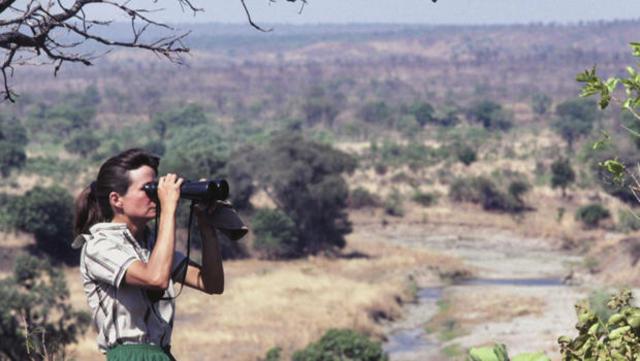 delia owens in africa 620